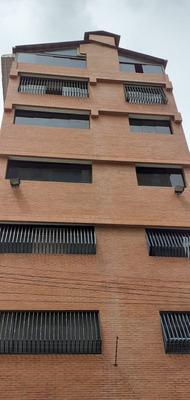 Venta De Apartamento- Apto En Qta Crespo Gc / 04142652589