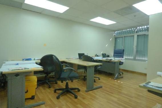 Alquiler Oficina Comercial En Torre, Evaristo Morales
