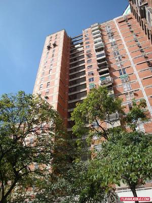 Amplio Y Cómodo Apartamento En Plaza Venezuela