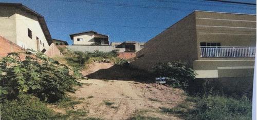 Imagem 1 de 1 de Terreno Em Valinhos Entre Duas Casas. Investbem Imóveis - Te0285