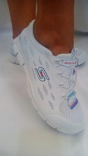 nuevos modelos de zapatos skechers mujer black out