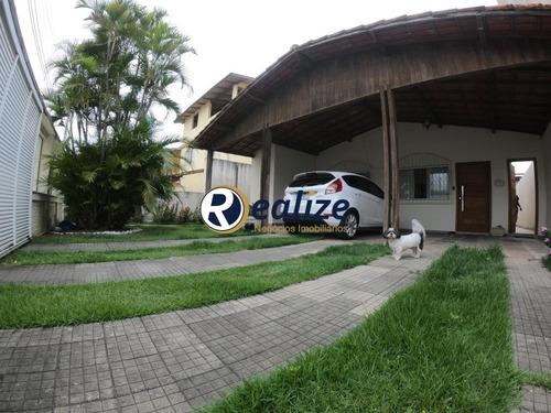 Casa Belíssima De 03 Quartos À Venda Piscina Ótima Localização Guarapari-es - Ca00098 - 34802115