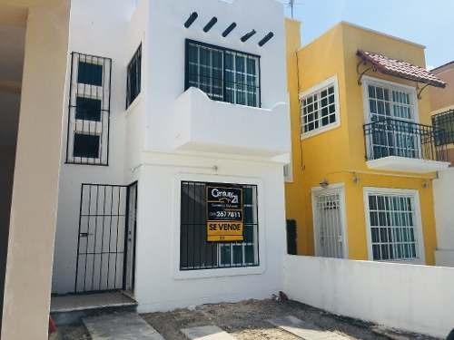 Casa En Venta En Cancun Gran Santa Fe I C2474