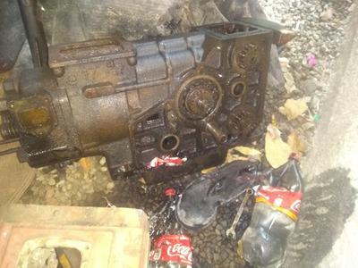 Motor Diesel 24 Hp Falta Poucase Peças