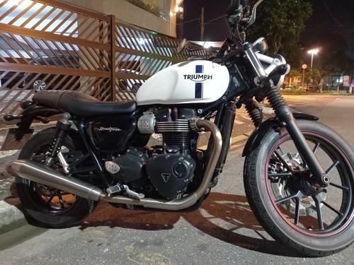 Triumph Street Twin 900cc