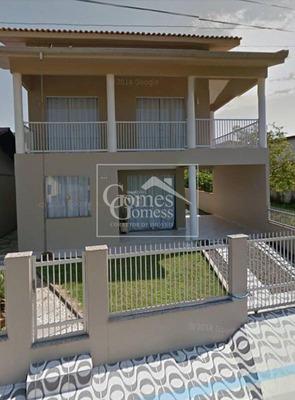 Grande Oportunidade De Negociar. Casa Muito Bem Localizada, Próximo A Praia Com 4 Dormitórios E 3 Vagas Em Piçarras-sc - Ca117