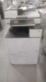 Multifuncional Ricoh Mp C2003
