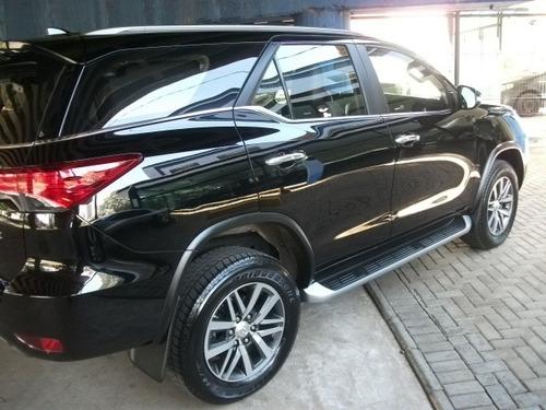 Toyota Hilux Sw4 2.8 4p Srx 4x4 7 Lugares Turbo Diesel Autom