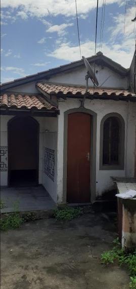 Casa Em Santa Rosa, Niterói/rj De 260m² 2 Quartos À Venda Por R$ 300.000,00 - Ca405332