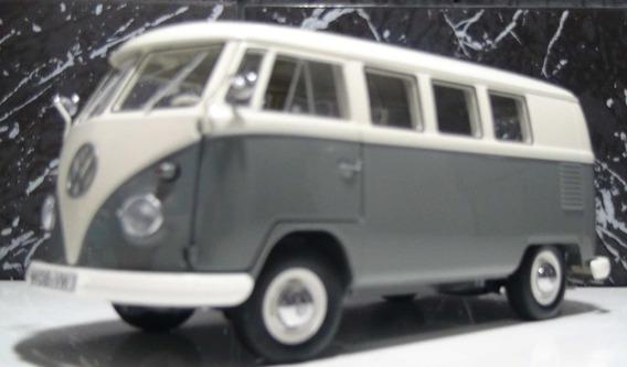 Vw Kombi T1 Van Ano 1962 Cinza/branco Esc 1:18 Schuco (samba