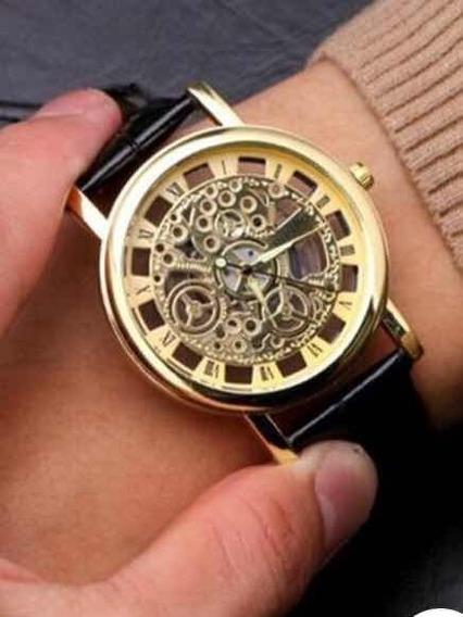 Relógio Masculino Com Caixa Apareante
