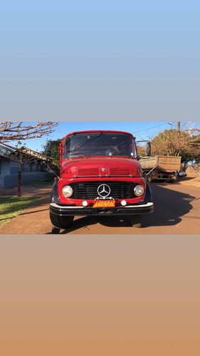 Imagem 1 de 6 de Mercedes Bens 1113