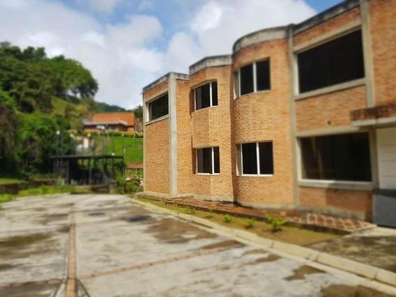 Casas Caicaguana Mls#20-15797