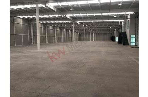 Bodegas En Renta San Luis Potosí, Dentro De Microparque, Eje 140, Zona Industrial, Av. Cfe / Industrial Property / Logistics/ Leasing Warehouses / Inmobiliaria /mitula /vivanuncios /icasas / Bajio