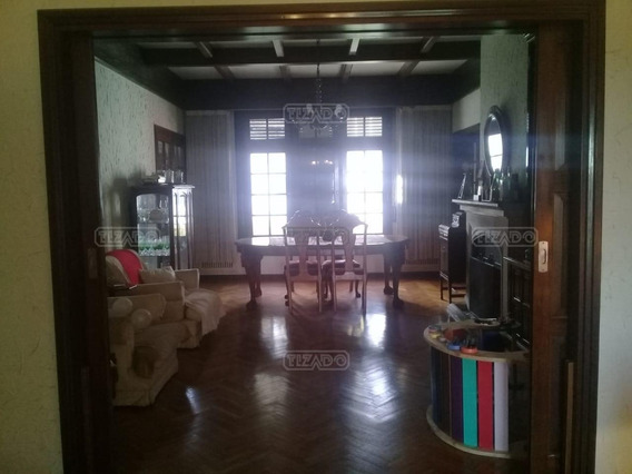 Casa Chalet En Alquiler Ubicado En Olivos, Zona Norte