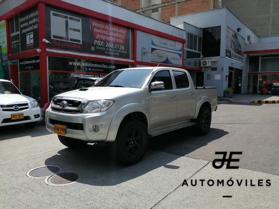 Toyota Hilux Srv 3.000 At 4x4 2011 Perfecto Estado