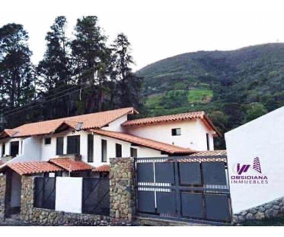 Hermoso Town House
