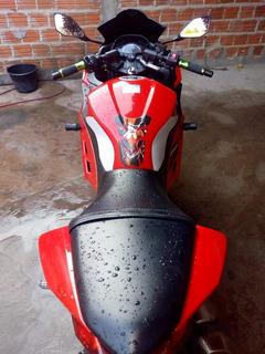 Kawasaki Ninja 300 Esportivas