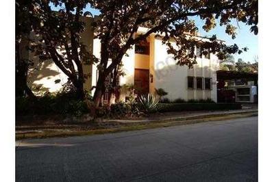 Residencia En Frac. Bugambilias (2nda Sección)