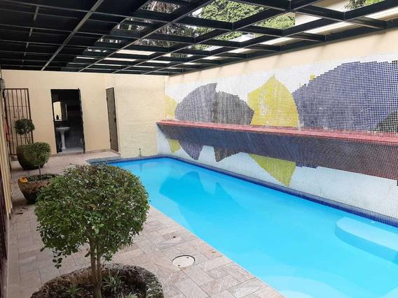 Hermosa Casa En Los Pinos De Arroyo Hondo - Lapulga.com.do .