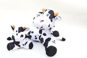 Vacas Malhadas De Fazenda Em Pelúcia