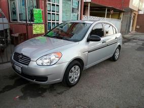 Dodge Attitude 4p Gls Premium Aut 1.6l 2011