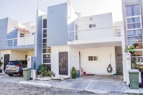 Casa En Venta En Ciudad Del Carmen. Bugambilias. Circuito Dalias.