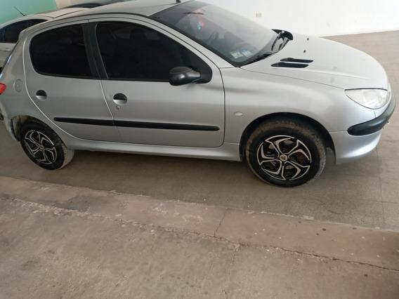 Peugeot 206 1.6 Xr Premium 5 P 2002