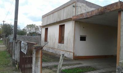 Casa Con Amplio Terreno Ubicada En Barrio Porvenir