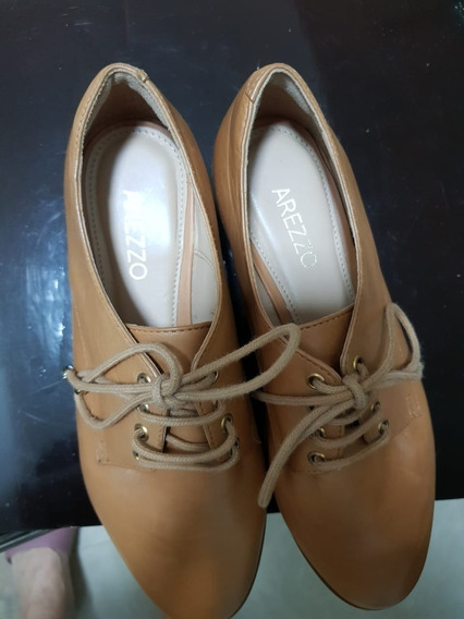 Sapato Arezzo N35 Com Plataforma Caramelo