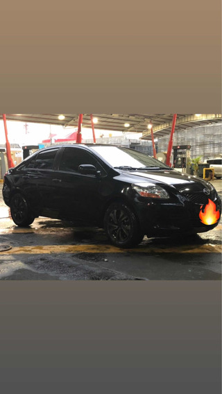Toyota Yaris 100