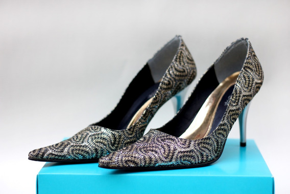 Sapato Scarpin Bico Fino Brilho Prata, Preto, Dourado Festa