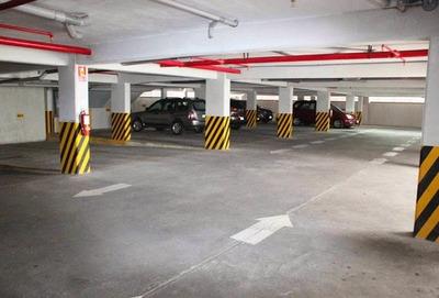Estacionamiento Kennedy Pque Arauco