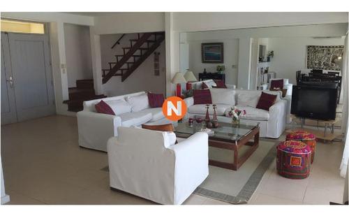 Casa En Venta Y Alquiler, Montoya, La Barra, 4 Dormitorios.- Ref: 209853