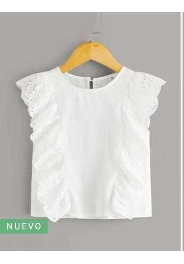 Camisa Fruncisa Con Bordado Con Ojal Blanco
