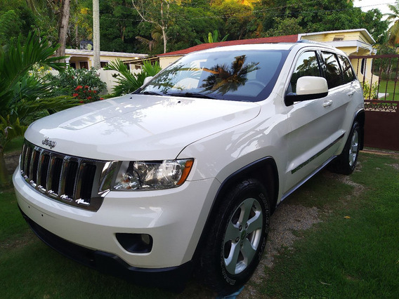 2011 Jeep Grand Cherokee Laredo X - 3.6l V6 300hp 4x4