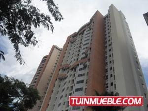 Apartamento En Venta En Las Chimeneas Valencia 19-1429 Valgo