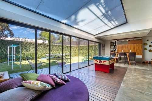 Casa Nueva Con Jardin Y En Cerrada