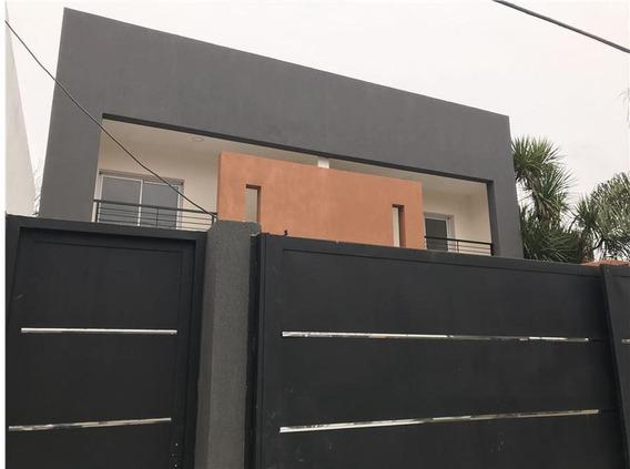 Duplex Venta 2 Dormitorios , 2 Baños Y Parilla -150 Mts 2 Estrenar - City Bell