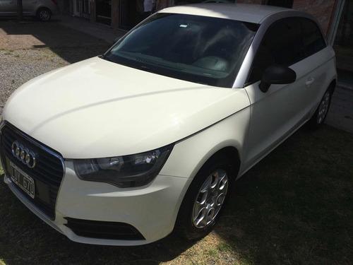Audi A1 2012 1.2 Attraction Tfsi 86cv