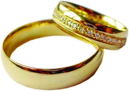 Par Aliança Ouro 18 K Anatômica 12 Gr 6,2 Mm 40 Diamantes 39