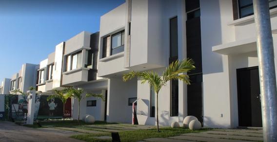 Casa En Renta Avenida Oceano Pacífico S/n, Playa Del Sol,