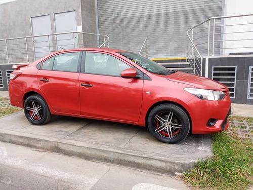 Imagen 1 de 9 de Toyota Yaris