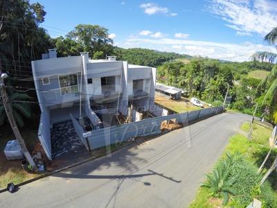 Sobrado Em Construção No Bairro Fortaleza, Com 03 Dormitórios (01 Suíte), 02 Vagas E Demais Dependências. - 3573897
