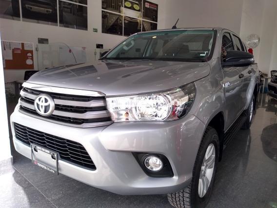 Toyota Hilux Cabina Doble Sr 2019 Plata Estándar