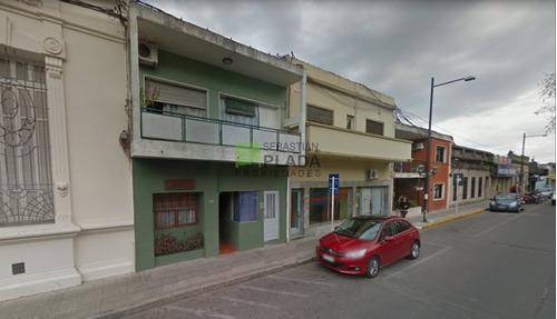 Excepcional Local En Centro De San Carlos, Residencial, Hotelería, Estudios, Etc.- Ref: 458
