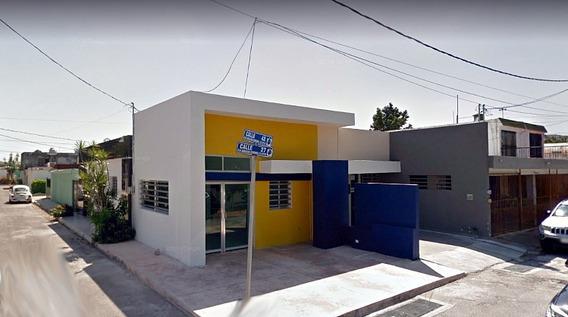 Predio Comercial En Esquina Y Avenida.