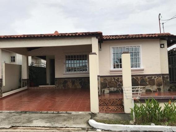 Casa Alquiler En Chorrera 19-11874 Emb