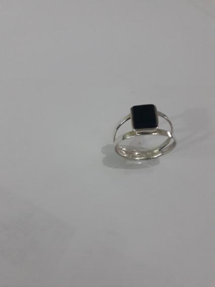 Anel Em Prata 950 Com Pedra Ônix Preta( $145,00)