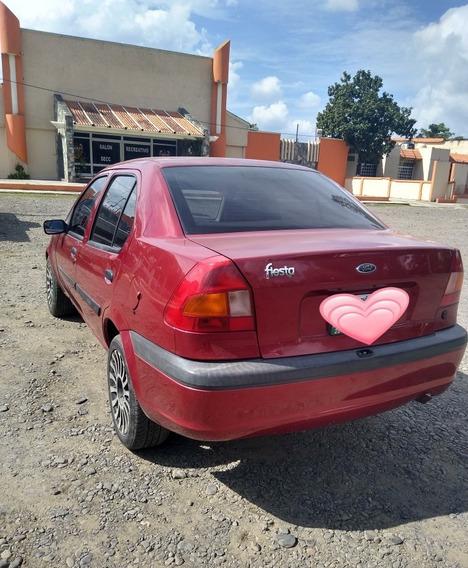 Ford Fiesta 1.6 1.6 3p Fiesta 5vel Mt 2001